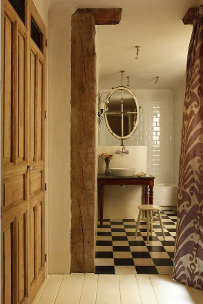 Checkerboard Bathroom